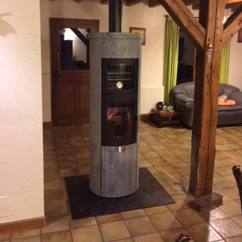 Poêle Heta 80 XL avec four de cuisson